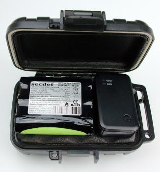 secdet® & SANAV mini Tracker MU-201P G4 inkl. Kunststoffbox M mit Magnet und 10,2Ah Akku